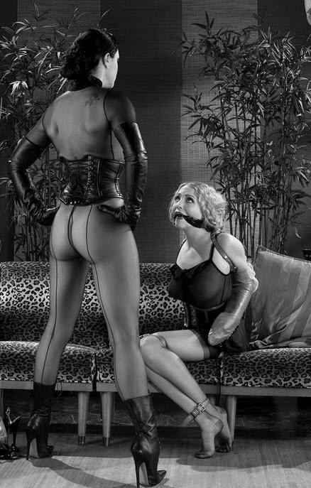 Полное подчинение женщине в сексе