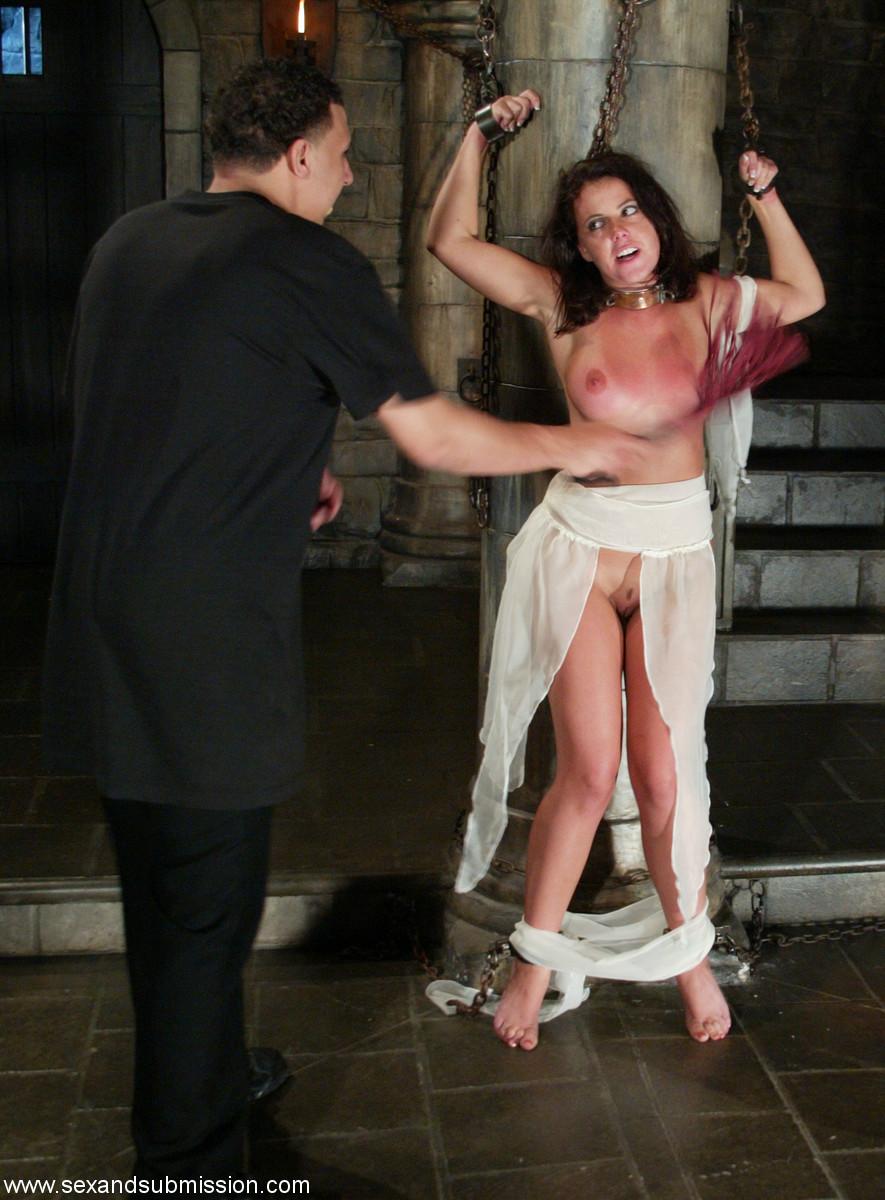 Фото наказание рабынь 11 фотография