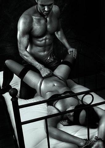 эротическое фото доминирование