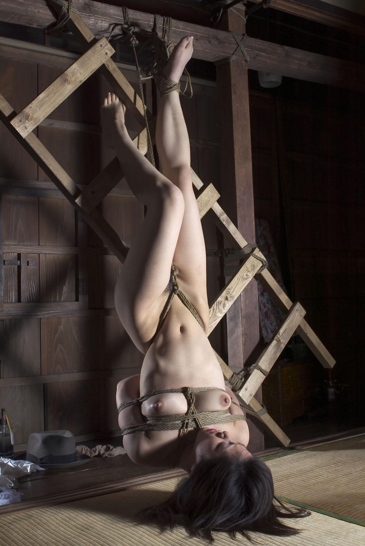 yaponskie-porno-filmi-bdsm